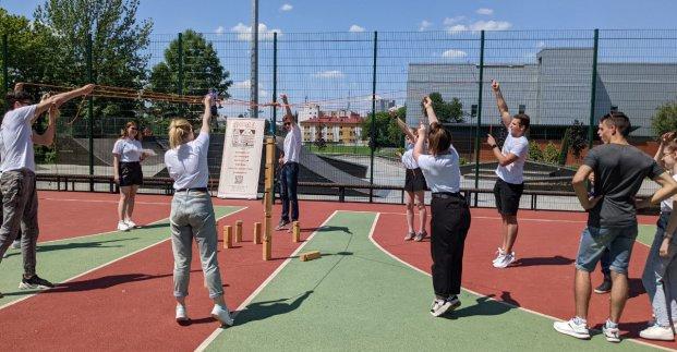 Новости Харькова: команды харьковских вузов проявили себя в спортивном тимбилдинге