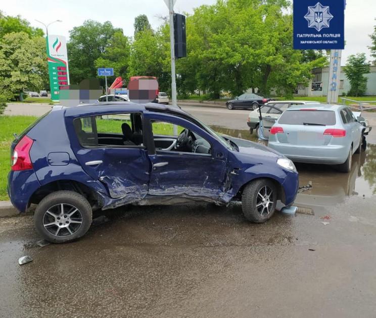 Новости Харькова: В Харькове - ДТП с участием трех автомобилей