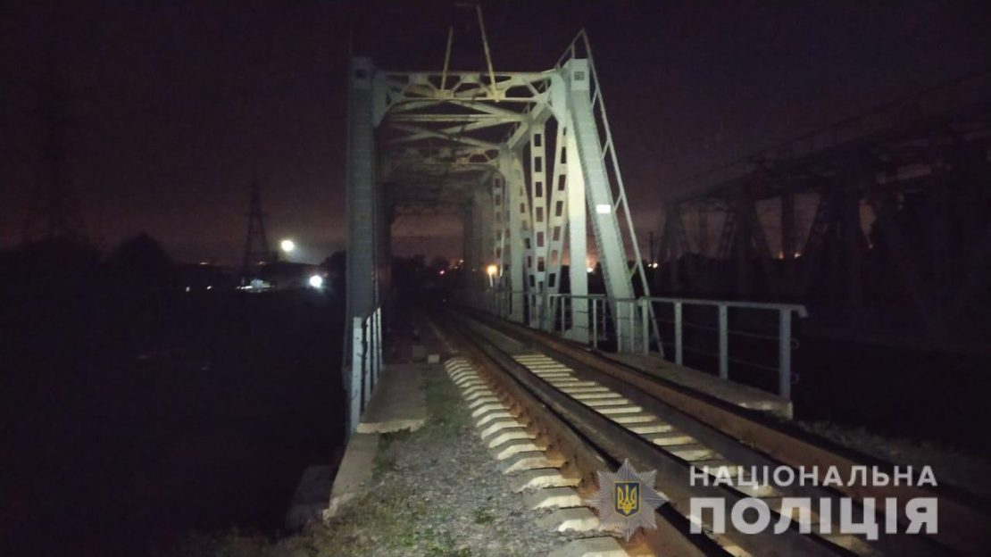 Новости Харькова: 13-летняя девочка сорвалась с высоты и разбилась