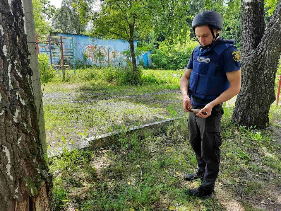 Мины и снаряды нашли в лесах под Харьковом. Новости Харькова