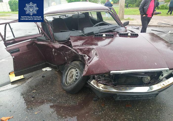 Новости Харьков: Не справилась с управлением и отправилась в больницу