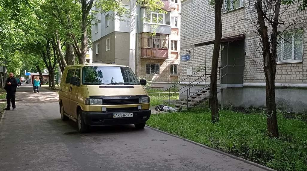 Новости Харькова: На улице в спальном районе обнаружили труп
