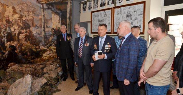 Новости Харькова: Город помнит подвиг мужчин чести и долга