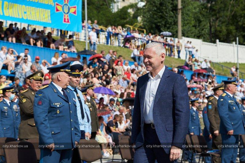 Более 500 лейтенантов выпустились в Харькове. Новости Харькова