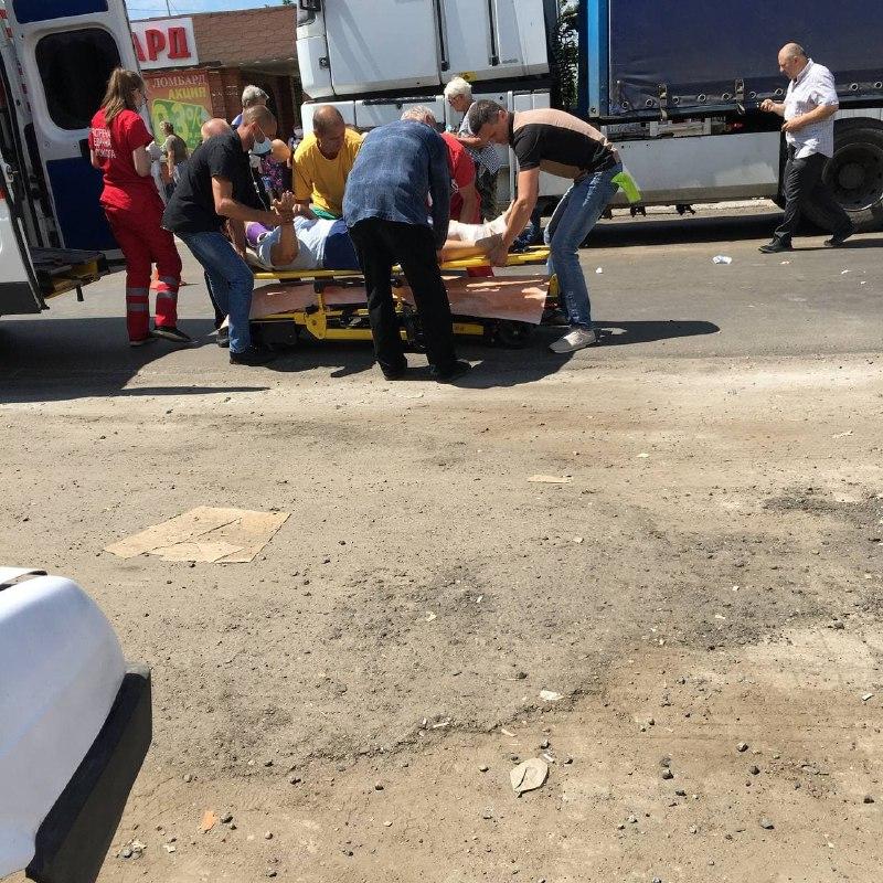 Новости Харькова: На Безлюдовке фура наехала на пешеходов