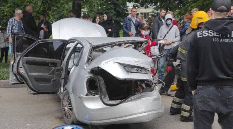 Новости Харькова: На Салтовке машины не разминулись на проспекте