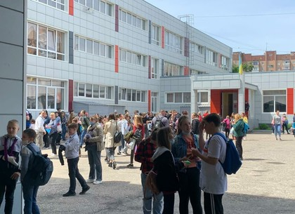 Новости Харькова: Школьница распылила газ в гимназии