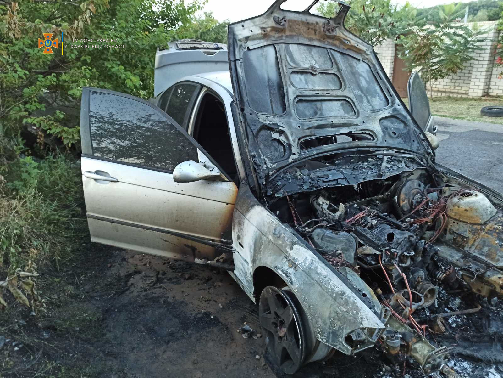 Пожар на Харьковщине: В Купянске горел легковой автомобиль