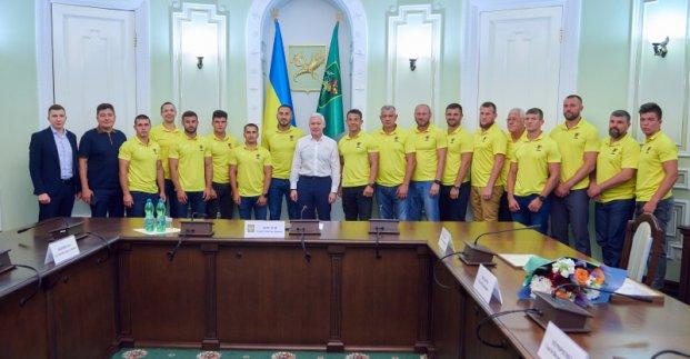 Новости Харькова: поздравление регбистов с победой