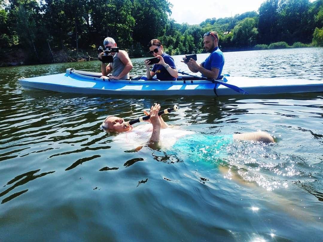 Новости Харькова: Концерт для флейты в воде стал рекордом