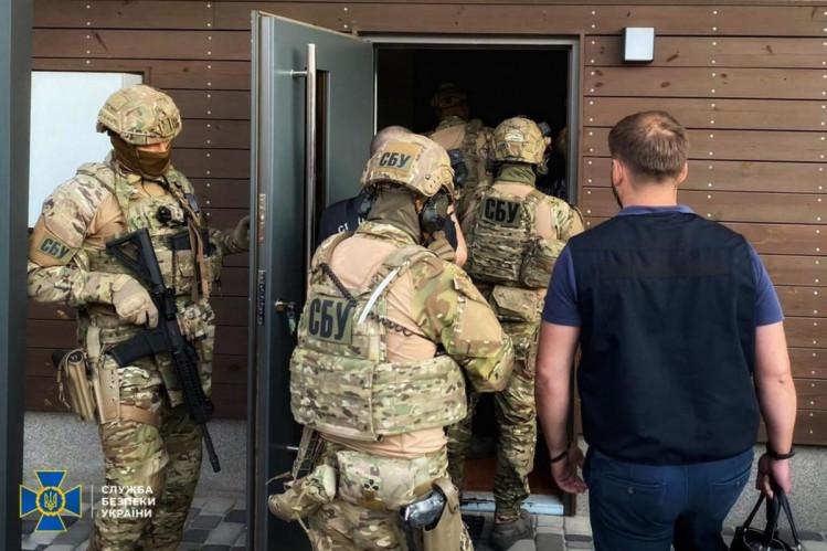 Новости Харькова: иностранцы-мошенники вывозили детей из Украины