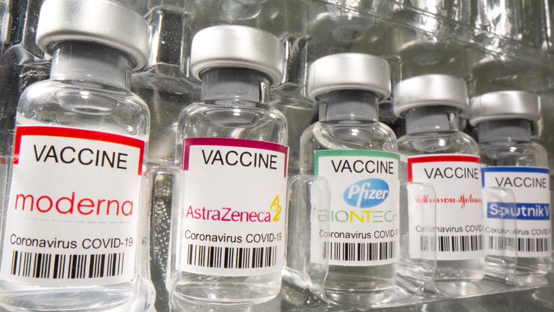 Игорь Кузин рассказал, какие ковид-вакцины можно миксовать