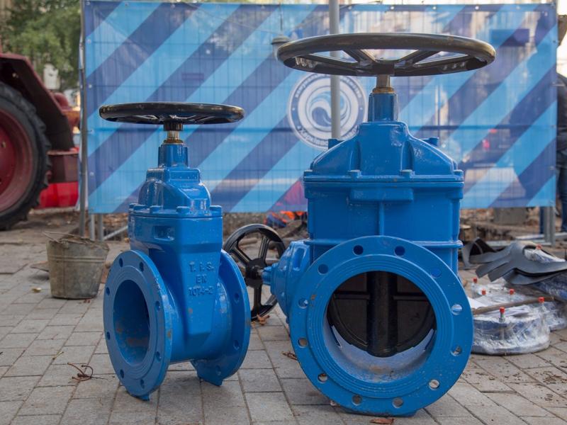 Отключение воды в двух районах Харькова из-за ремонта перенесли