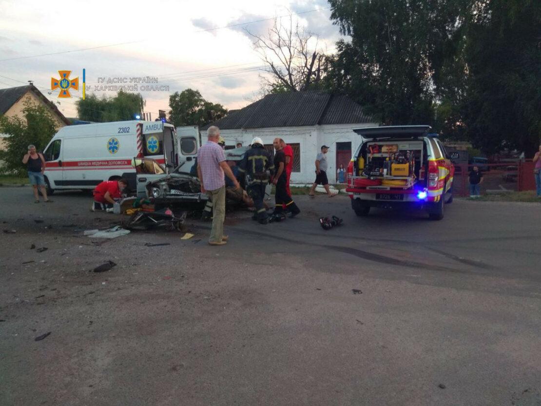 В Купянске в результате ДТП погибли два человека