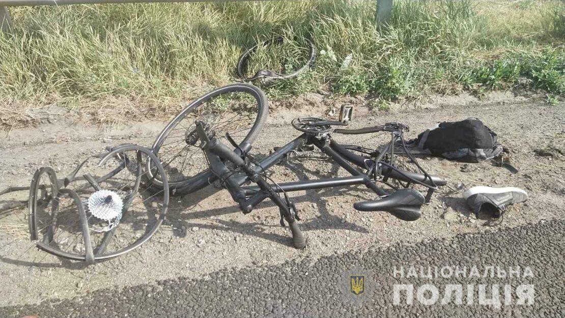 В Харькове устанавливают личность погибшего в ДТП велосипедиста
