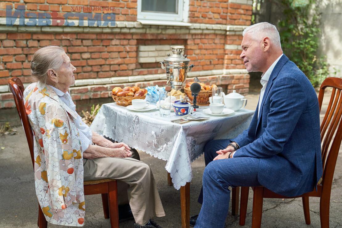 Новости Харькова: Игорь Терехов посетил ветерана