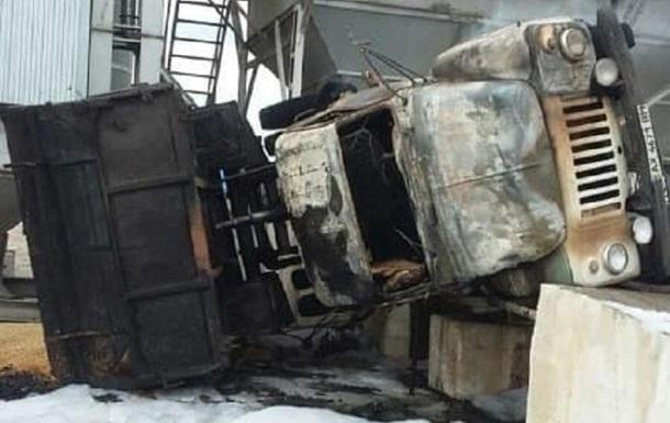 Новости Харькова: загорелся грузовик с зерном