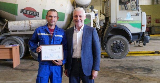 Игорь Терехов поздравил коллектив «Жилстрой-2» с Днем строителя
