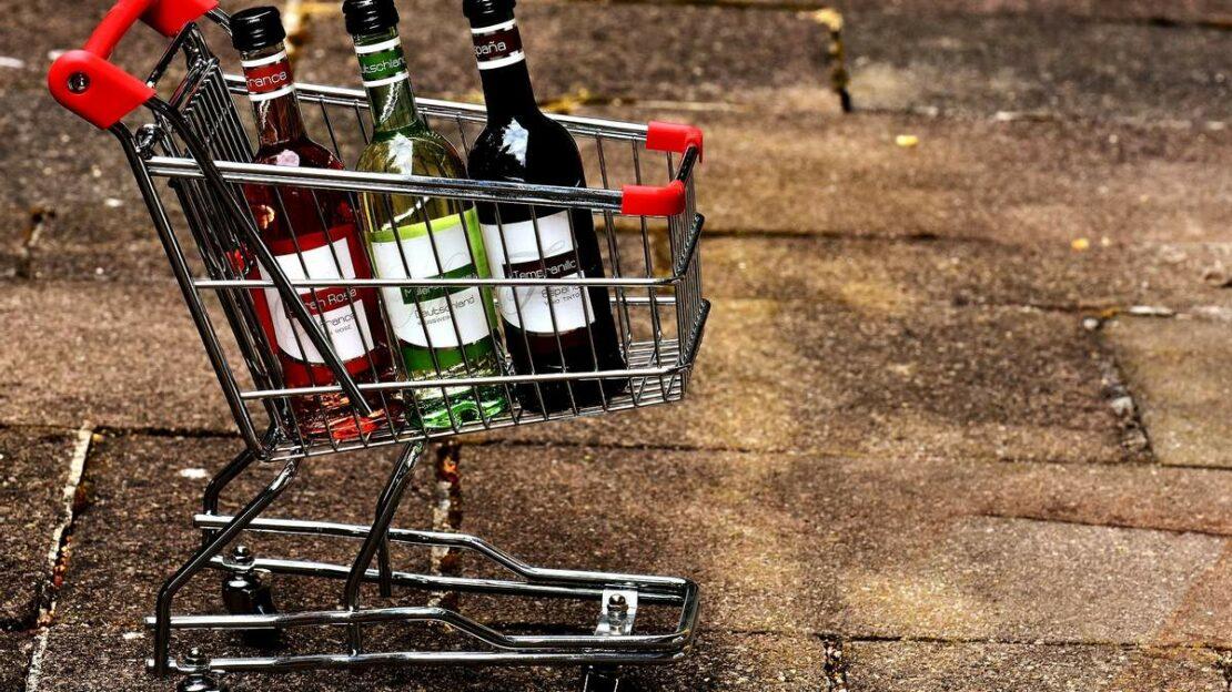 Мнения харьковчан о запрете продажи алкоголя в обычных магазинах