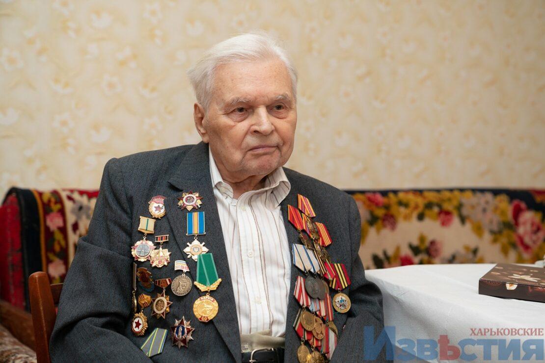 Игорь Терехов в гостях у освободителя Харькова Николая Зимонина