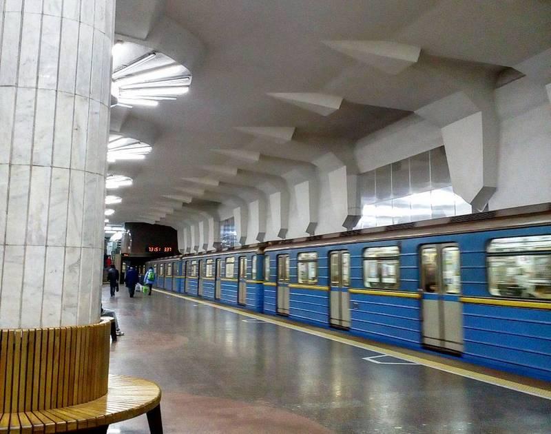 Новости Харькова: метро продлит работу в ночь с 23 на 24 августа