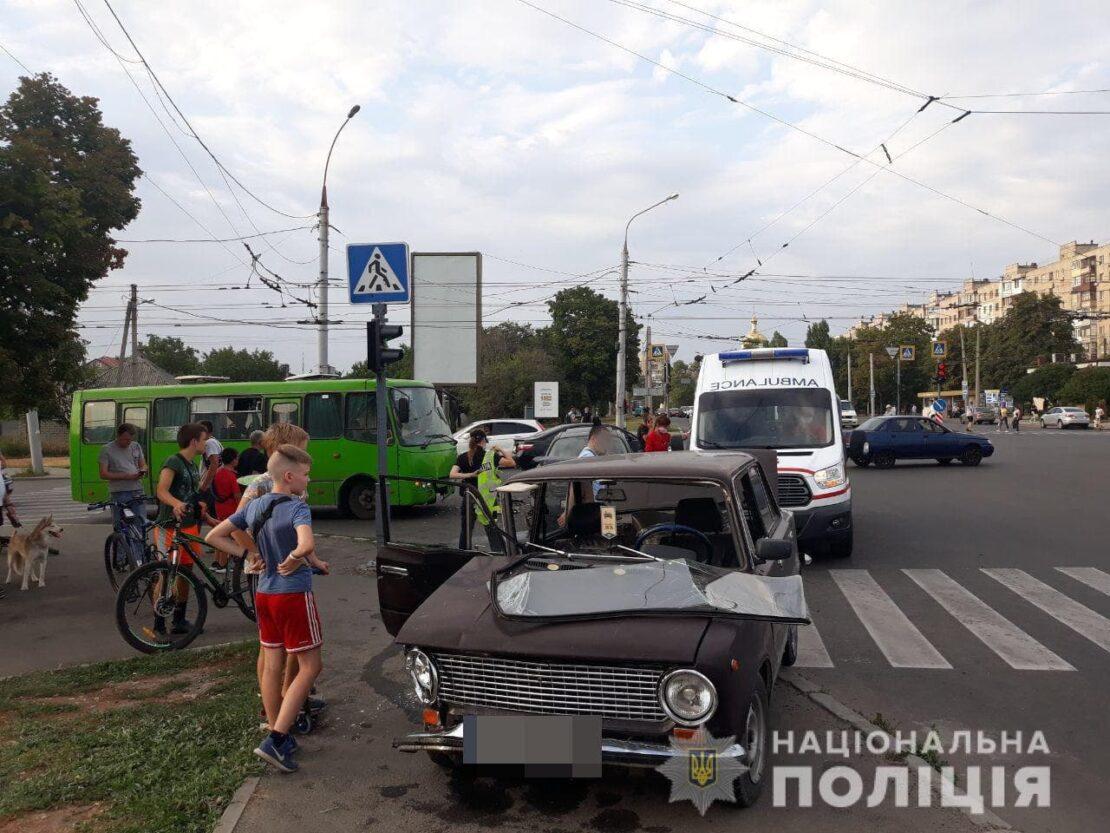 Новости Харькова: На Героев Сталинграда тройное ДТП