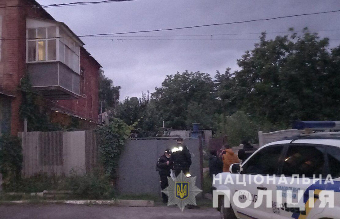Пьяный мужчина напал на полицейского в Харькове
