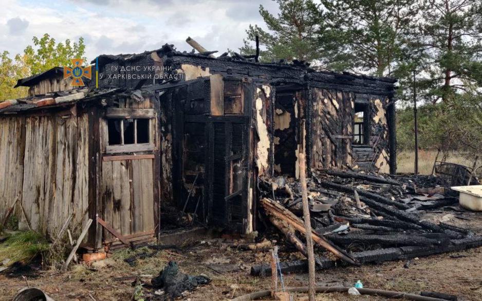 Пожар на Харьковщине: В Купянском районе сгорел дом, пострадала женщина