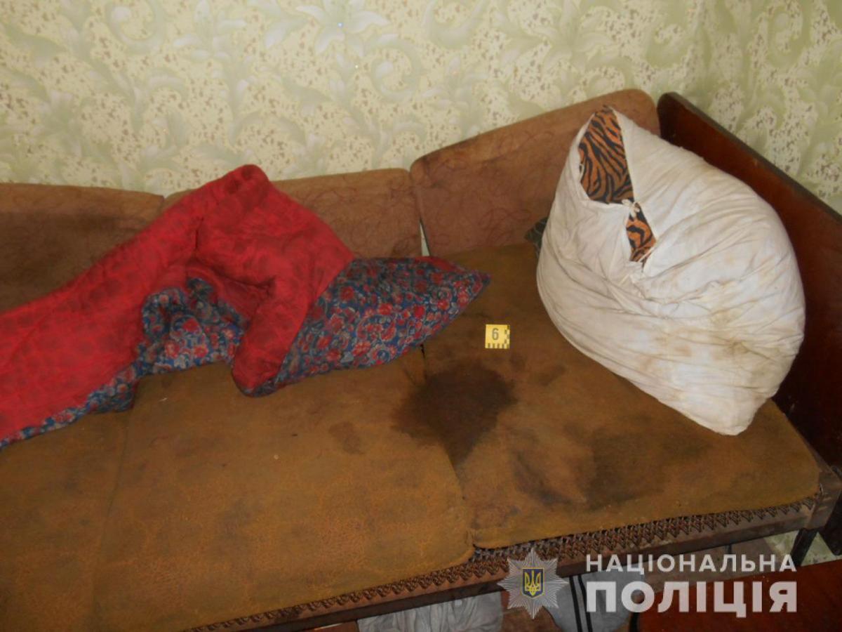 В Краснограде мужчина зарезал женщину. О трупе в полицию сообщила мать подозреваемого