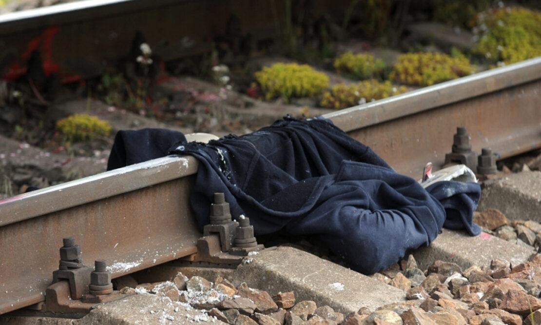 Мужчина попал под поезд на станции Новожаново в Харькове