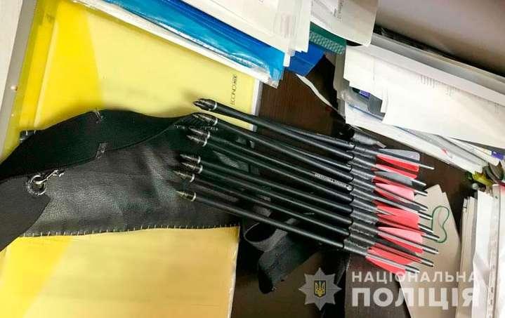 Новости Харькова: Студентка из Харькова из арбалета стреляла в учителей