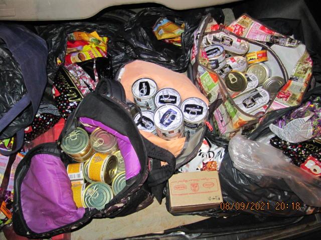 Таможня Харьков: На Гоптовке изъяли конфеты и консервы из РФ