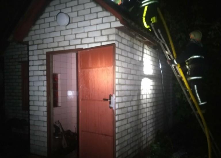 На Харьковщине в поселке Покотиловка  сгорела баня