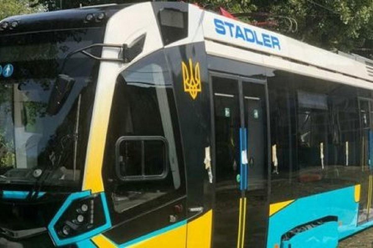 Два завода Stadler и реформа транспорта в Харькове: Терехов на Электротяжмаше анонсировал ряд проектов