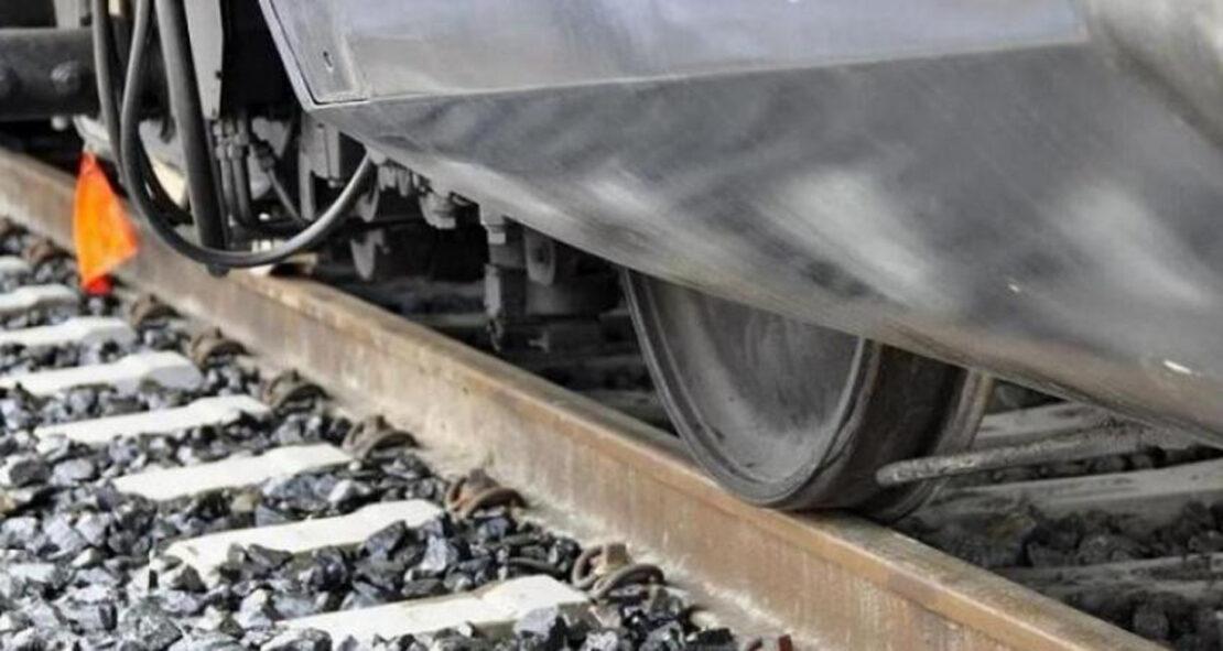 Харьковчанке товарный поезд отрезал часть ноги