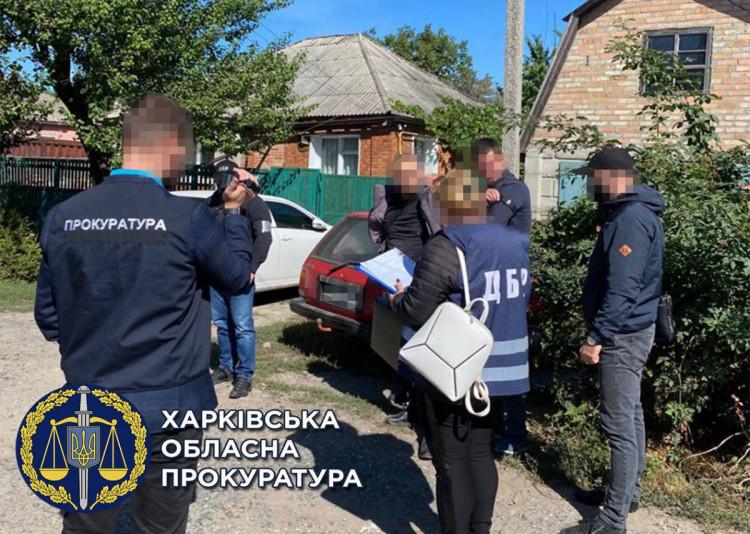 Прокуратура Харьков: Полицейского задержали на взятке в 22 тысячи