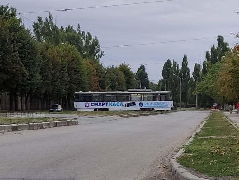 Новости Харькова: на улице Морозова трамвай сошел с рельсов