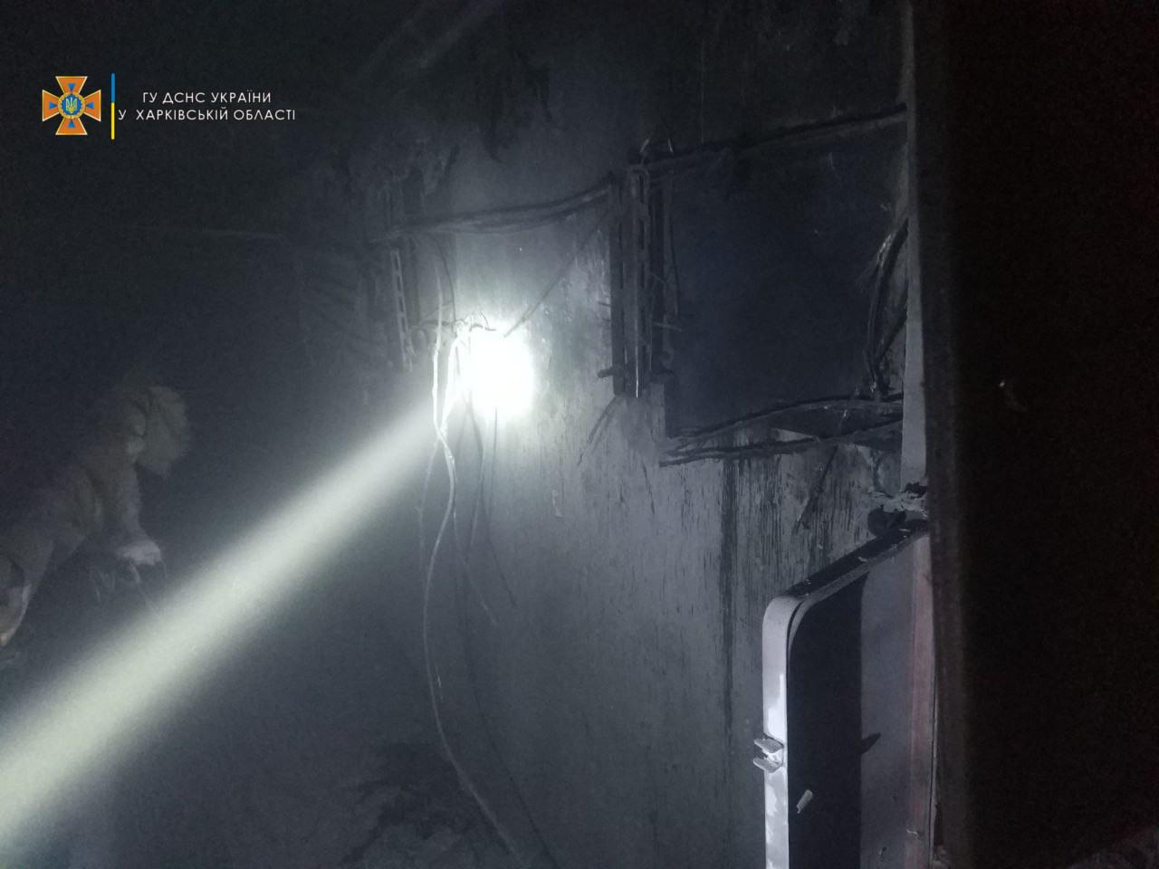 Пожар в Харькове: Во время пожара на улице Большая Кольцевая, 138 в лифте застряла женщина