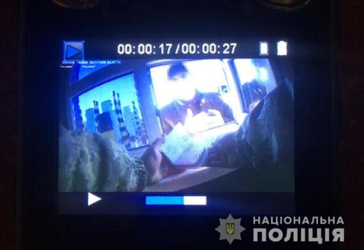 Новости Харьковщины: Дачу взятки пограничнику записала камера
