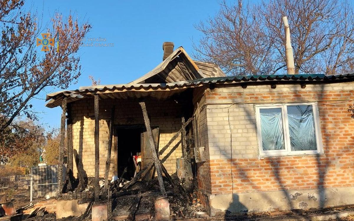 Пожар на Харьковщине: В Балаклее горел барак - люди спасались через окна