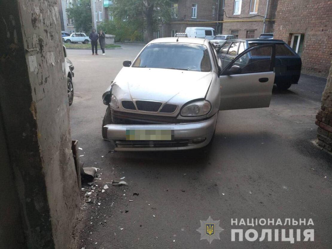 Таксист умер за рулем на Московском проспекте - ДТП Харьков