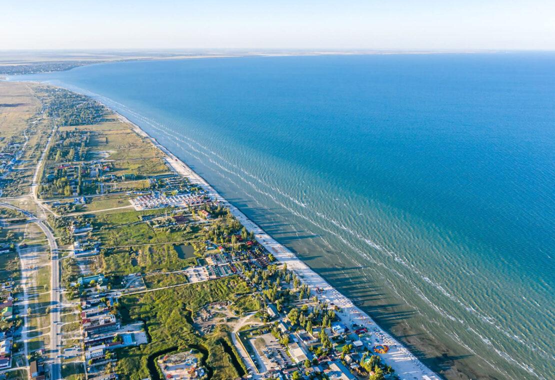 Чем похожи и чем отличаются курорты Арабатская стрелка и Геническ - Новости Украины