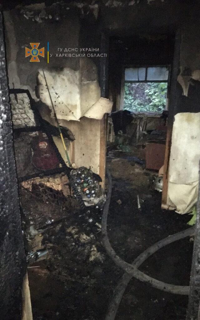 Под Харьковом в пожаре 10.10.2021 погибли мать и сын