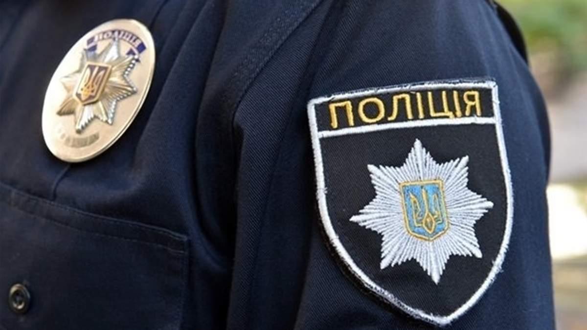 Новости Харькова: Полицейские помогли бомжу в Песочине