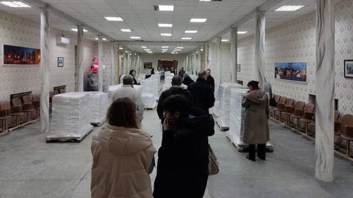 Выборы мэра Харькова 2021: избирательные бюллетени выдают районным комиссиям