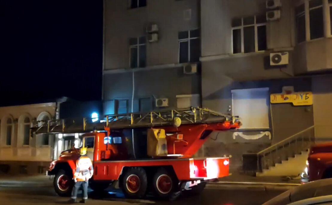 В Харькове на улице Рымарской пожар в доме № 19: спасатели эвакуировали людей