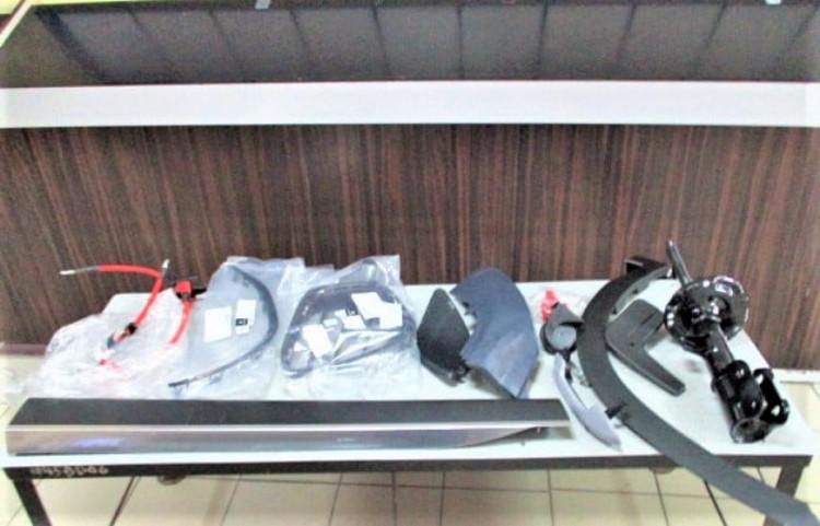 На Гоптовке двух россиян и украинца поймали на нарушениях - феназепам, автомобильные запчасти, марихуана — Новости Харькова
